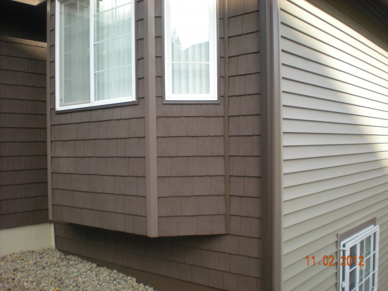 Vinyl Crane Portsmouth shake siding and Charter Oak horizontal vinyl siding