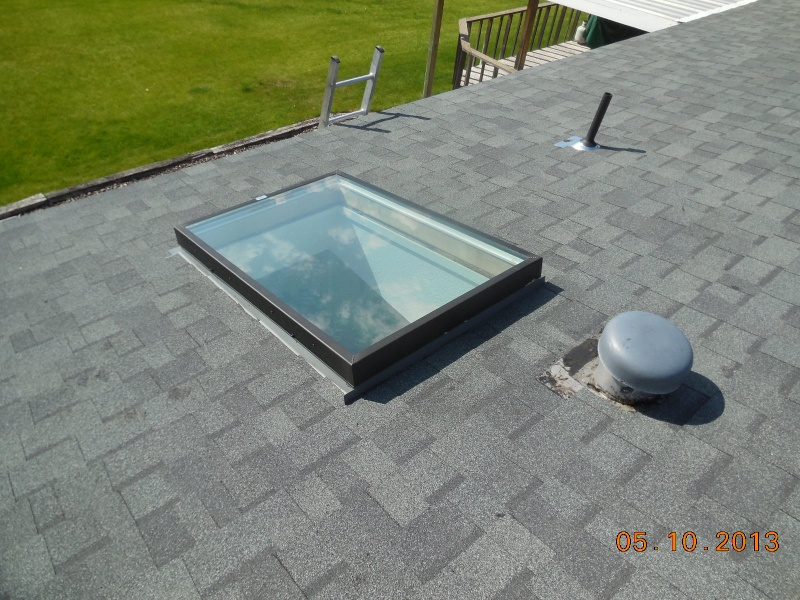 skylight with proper top flashing