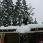 how to remove snow off your roof with correct equipment